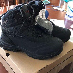 Other - NIB Arctiv8 waterproof work snow boots
